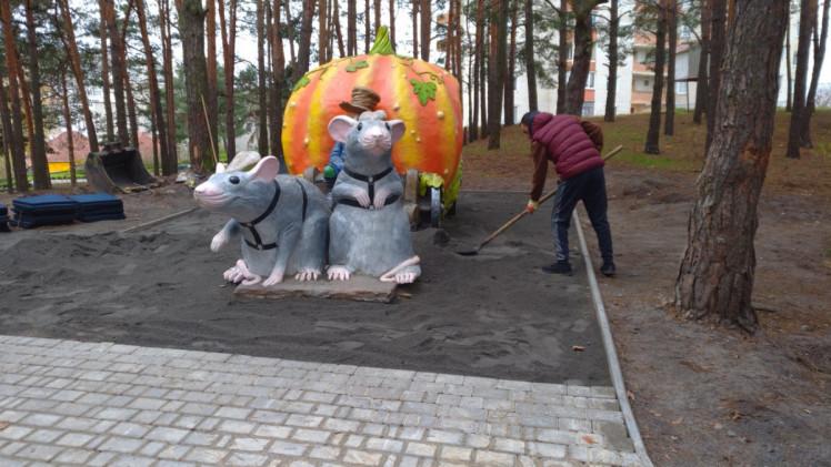 У Нетішині продовжується будівництво «Диво парку»