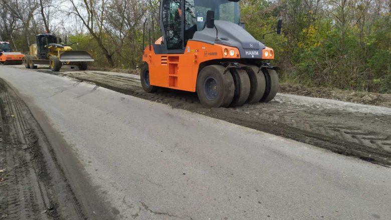 Велике будівництво: у Білогірській ОТГ ремонтують дорогу
