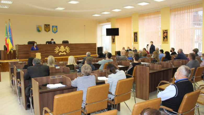 У Славутській ОТГ визначили постійні депутатські комісії