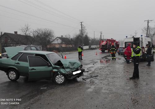 На Шепетівщині внаслідок ДТП ледь не стався вибух