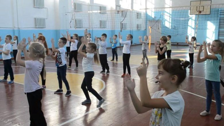Ізяславська школа – у трійці переможців танцювального конкурсу від ЮНІСЕФ