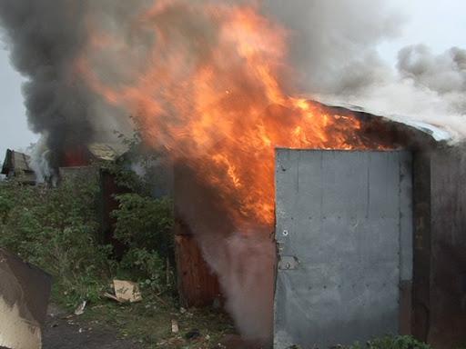 Пожежа в Полонській ОТГ завдала збитків власникам приватного гаража