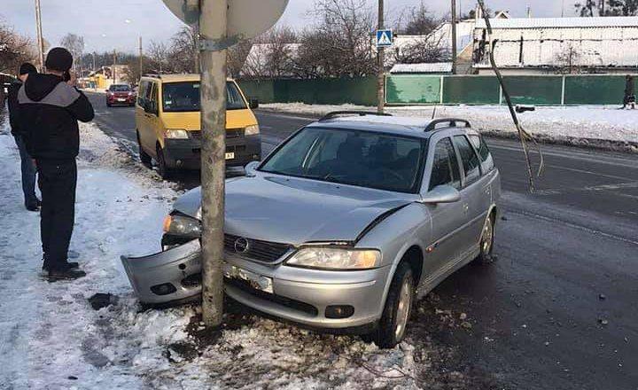 В одному з мікрорайонів Шепетівки нерегульований рух внаслідок аварії
