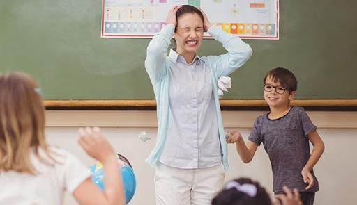 Освіта, штраф за образу вчителя, школа