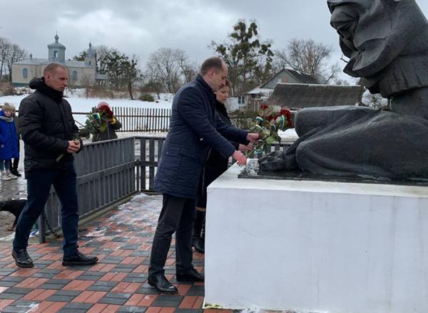 У Пліщині відзначають день звільнення від фашистів