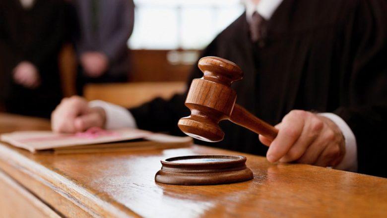 На Шепетівщині засудили чоловіка, який «тримав в страху» ексдружину та погрожував вбити її