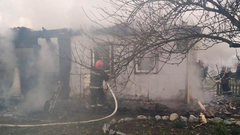 У вогні на Шепетівщині загинув 91-річний дідусь