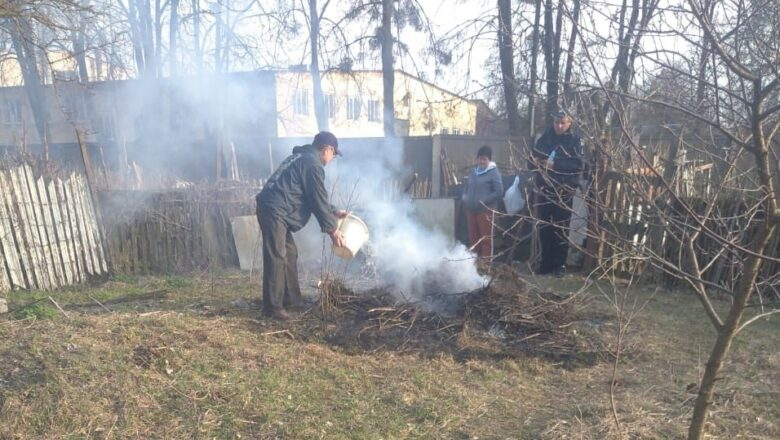 За спалювання трави на своєму городі жителі Шепетівщини отримають штраф