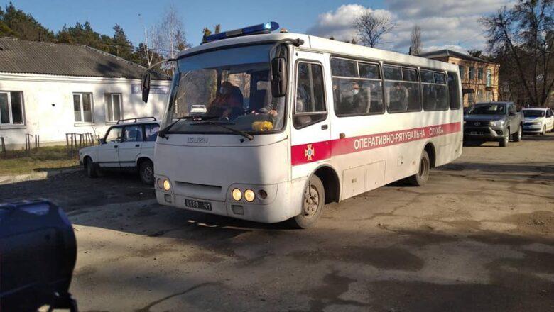 До Славути прибув мобільний госпіталь ДСНС