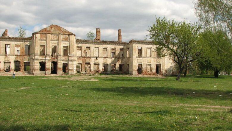 Володимир Федотов: прокуратура проігнорувала руйнування палацу Сангушків в Ізяславі