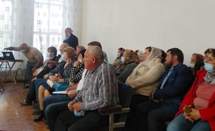 У Понінці місцевий священник УПЦ  МП хоче приватизувати громадське майно