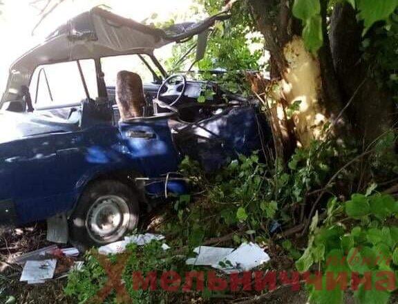"""Ще одна летальна автотроща: на Ізяславщині загинула водійка """"Жигулі"""""""
