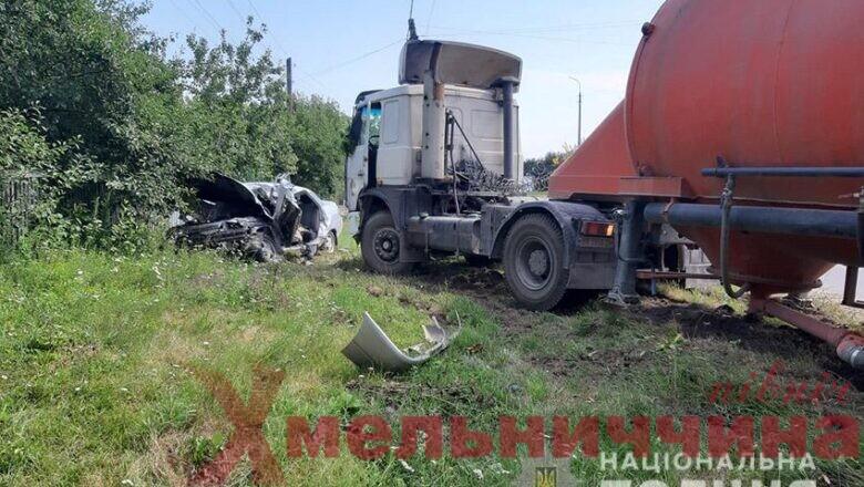 Летальна ДТП: у Білогір'ї зіткнулись дві вантажівки та легковик