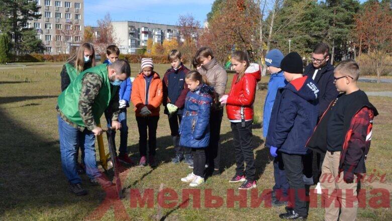 Екологічний флешмоб у Славутському НВК: НПП«Мале Полісся» активно залучає молодь до співпраці